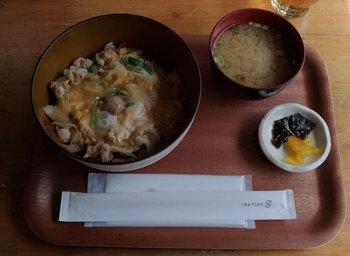 02-lunch.jpg