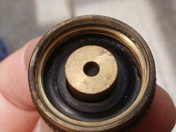 02-screw.jpg