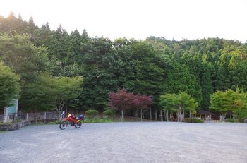 04-bike.jpg