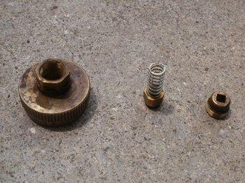 04-screw.jpg