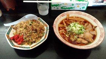 067-lunch.jpg