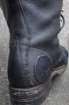 25-boots.jpg