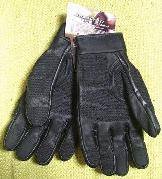 014-glove.jpg