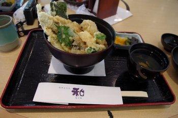 21-lunch.jpg